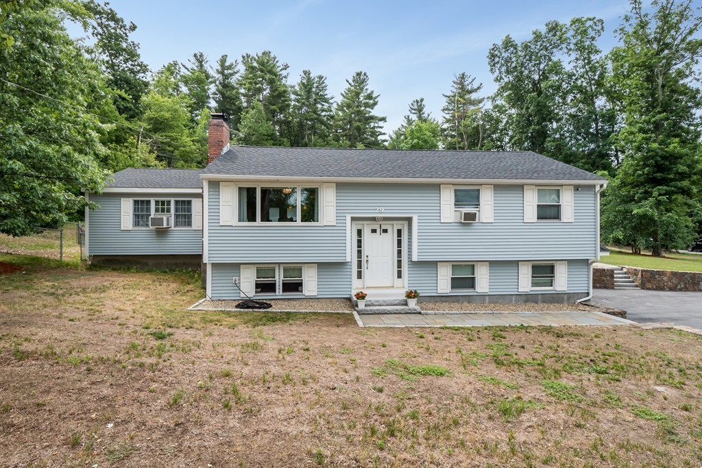 Photo of 29 Willowdale Rd Tyngsborough MA 01879