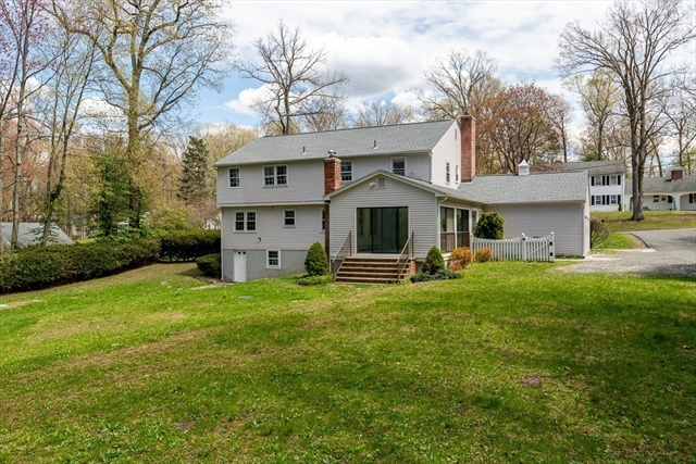 22 W Colonial Road Wilbraham MA 01095