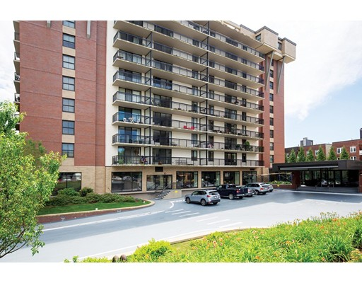 60 Longwood Ave Unit 204, Brookline, MA 02446
