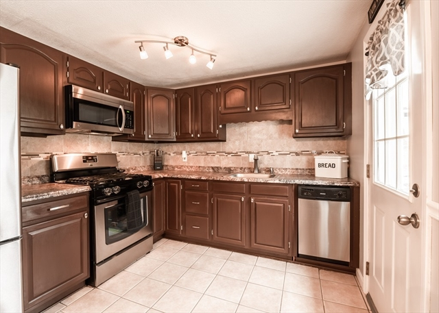 156 Bradley Street Lowell MA 01850