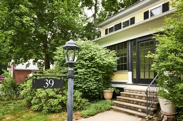 39 Kendrick Place Amherst MA 01002