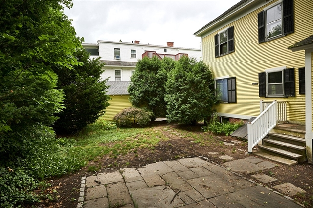39 Kendrick Place Amherst MA 01002