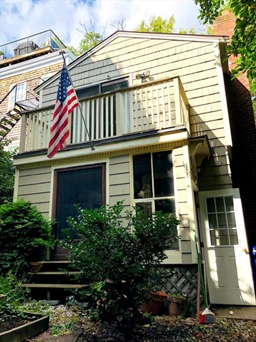 5 Badger Place Boston MA 02129