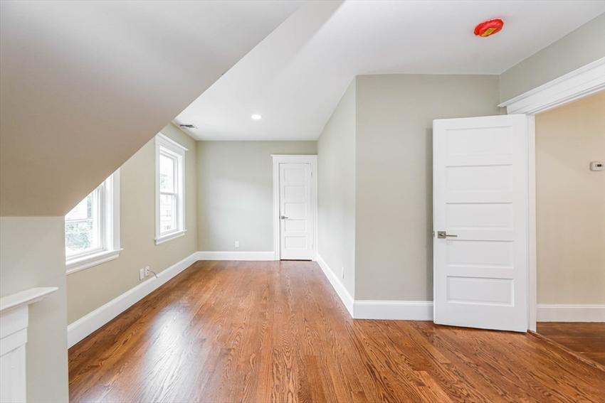 516 Lagrange Street, Boston, MA Image 22