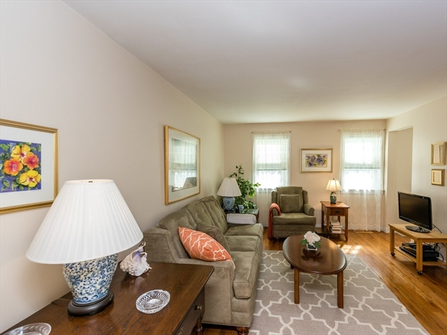 137 Oak St, Newton, MA, 02464, Newton Upper Falls Home For Sale
