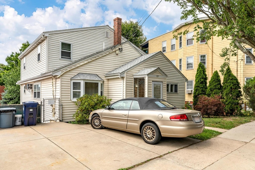 109 Leyden St, Boston, MA Image 2