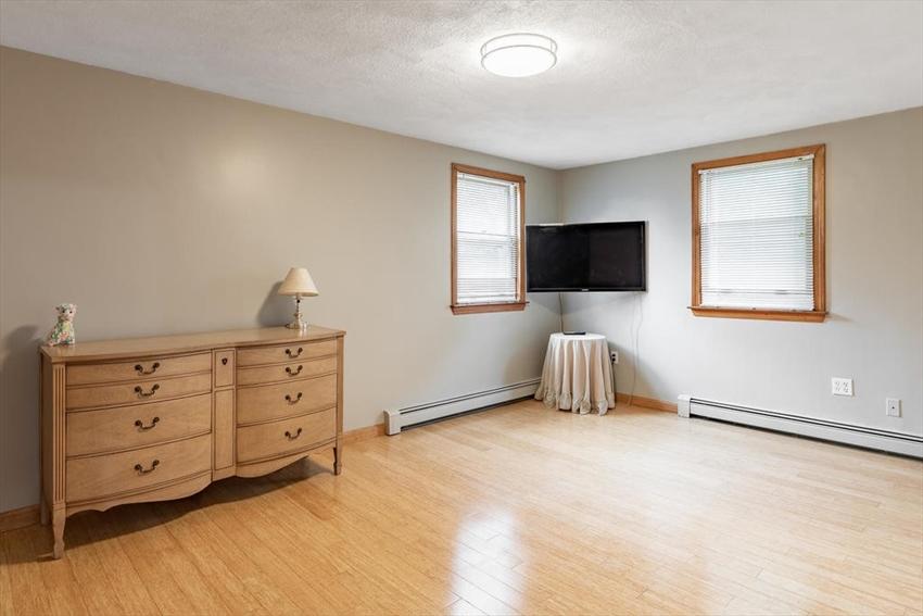109 Leyden St, Boston, MA Image 16