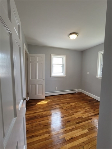 37 Lansdowne Street Quincy MA 02171