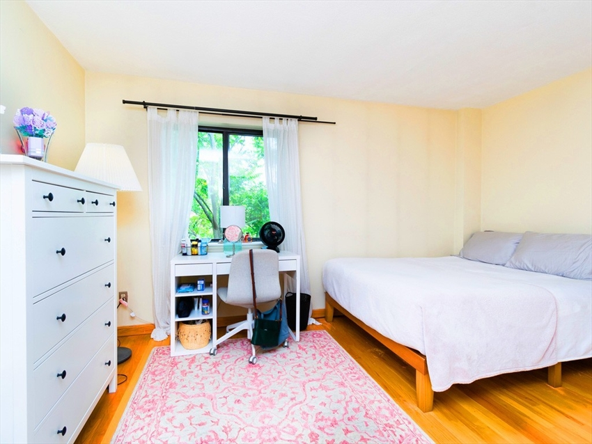 276 Chestnut Hill Ave, Boston, MA Image 10