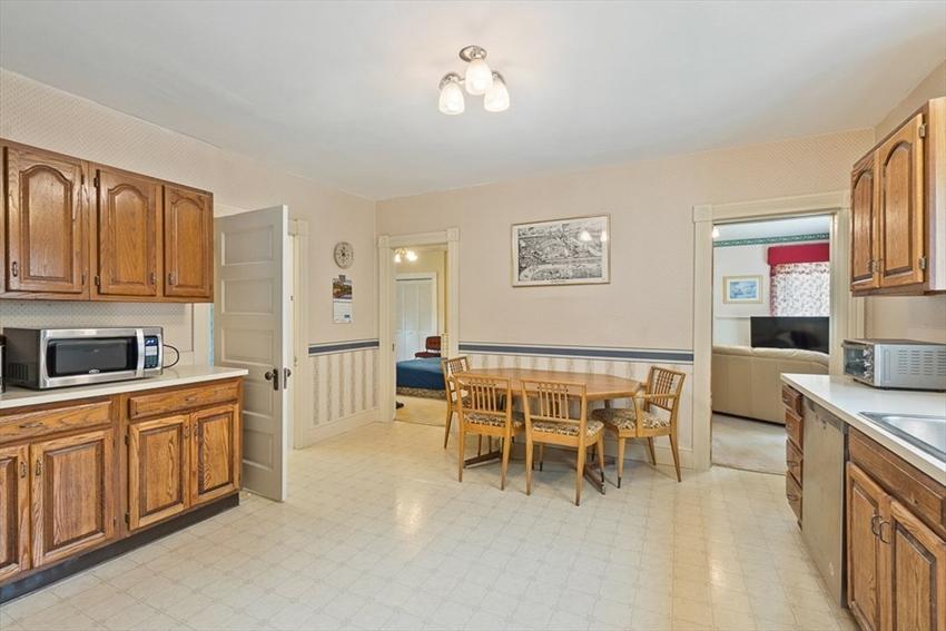 299 Pleasant St, Leominster, MA Image 14