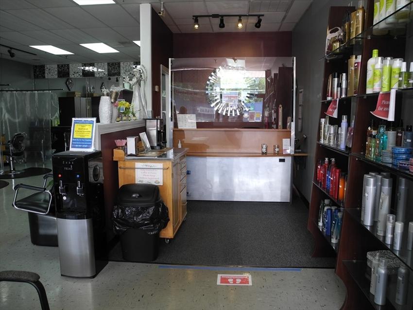 1734 Lakeview Avenue, Dracut, MA Image 2