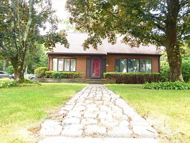 10 Hiltz Avenue Lakeville MA 02347