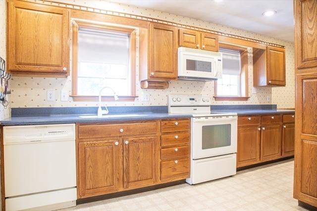 170 Jackson Street Belchertown MA 01007