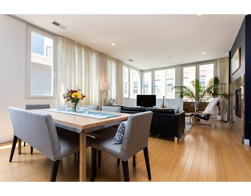 321 W 2nd St #11, Boston, MA 02127