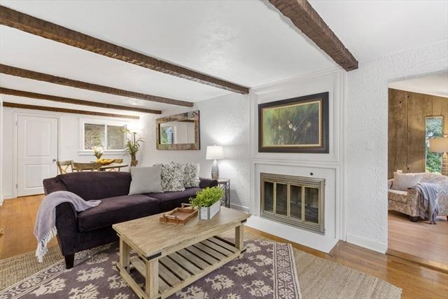 76 Great Plain Avenue Wellesley MA 02482