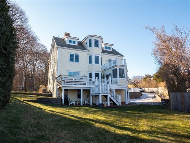 124 Warren Avenue Plymouth MA 02360