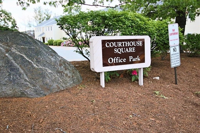 6 Courthouse Lane Chelmsford MA 01824