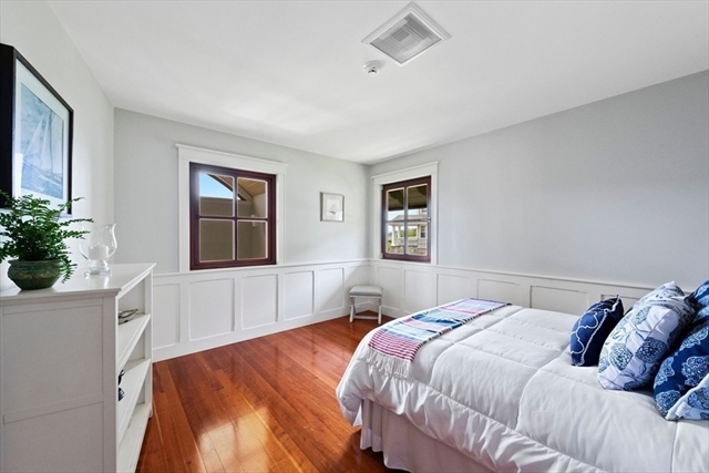 425 Ocean Avenue Marblehead MA 01945
