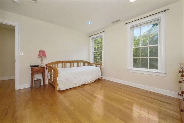 185 Oak Street Barnstable MA 02632