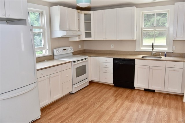 435 Pine Street Amherst MA 01002