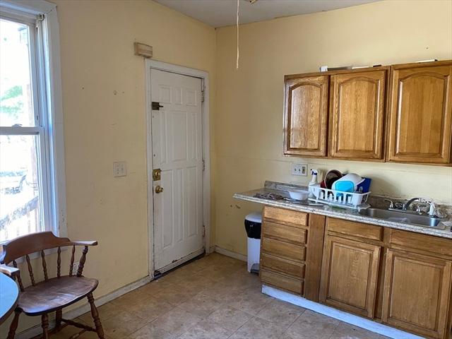 174-176 Massasoit Street Springfield MA 01107