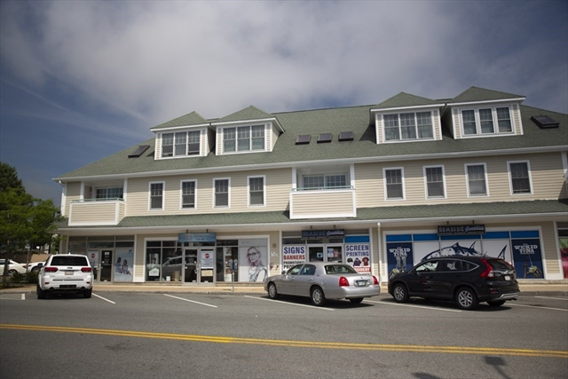 33 Railroad Avenue Gloucester MA 01930