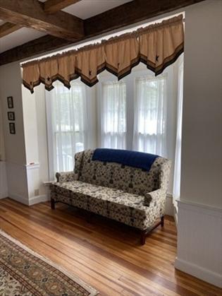 66 Main St, Northfield, MA: $449,900