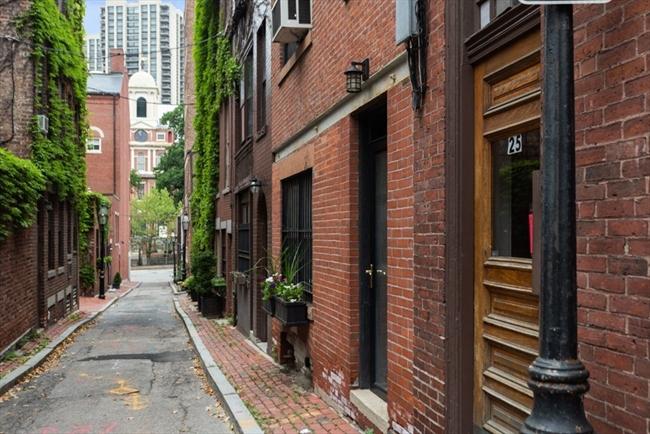 25 Ridgeway Lane Boston MA 02114