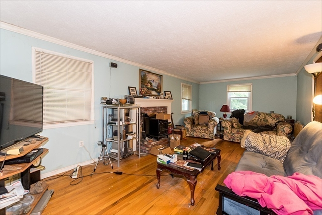 41 Hudson Street Halifax MA 02338