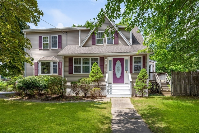 3 Willow Street Reading MA 01867