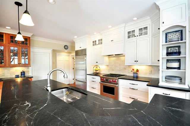 371 N. Main Suffield CT 06078