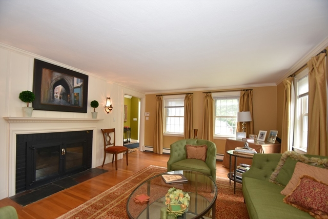 152 Hutchinson Road Arlington MA 02474