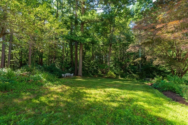 15 Standish Road Wayland MA 01778
