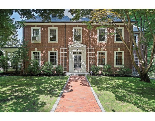 8 Beds, 4 Baths home in Boston for $2,499,000