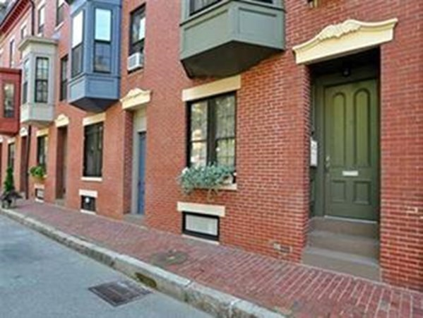 14 Dartmouth Place Boston MA 02116