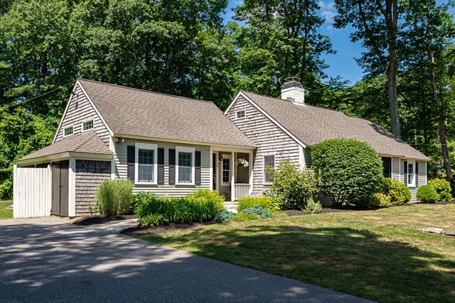 70 Colonel Hunt Drive Abington MA 02351