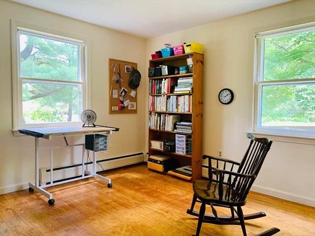 48 Curtis Place Amherst MA 01002