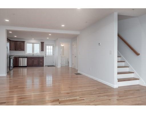 11 Ridge Street, Worcester, MA 01604
