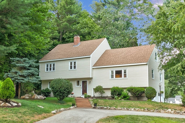 3 Carriage Hill Road Andover MA 01810