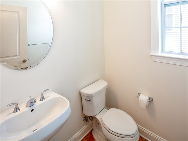 34 Woody NOOK Plymouth MA 02360