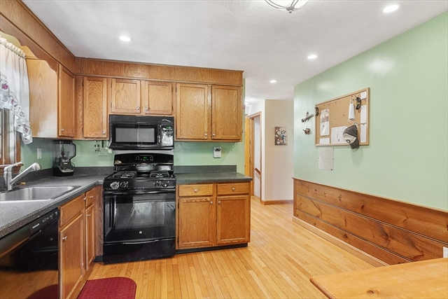 4 Pisces Lane Townsend MA 01469
