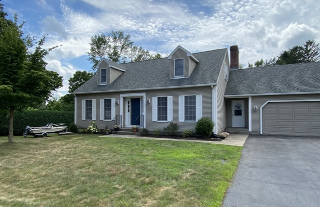 38 Thompkins Avenue East Longmeadow MA 01028