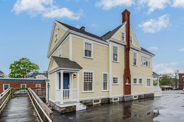 15 Chestnut Street Andover MA 01810