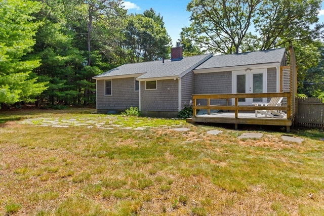 187 Crockers Neck Road Barnstable MA 02635