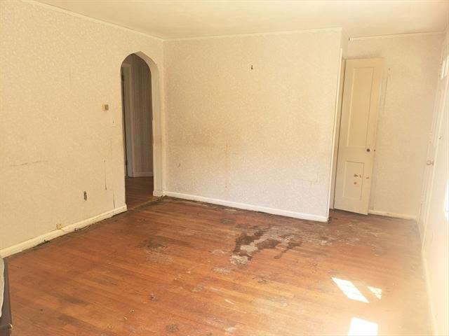 4 Lakeview Avenue Granby MA 01033