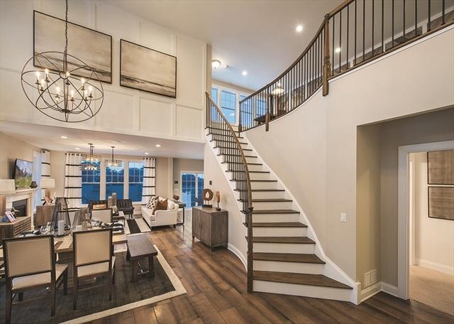 81 Phoebe St, Methuen, MA, 01844, East Methuen Home For Sale