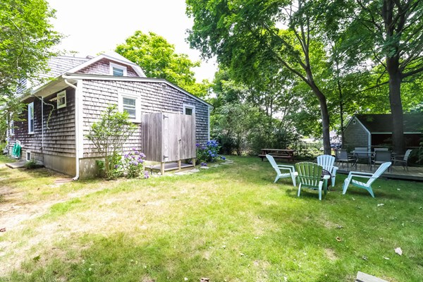 23 Woodbury Avenue Barnstable MA 02601