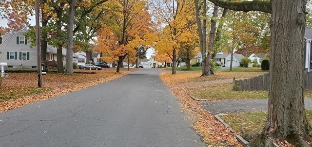 61 Greaney Street Springfield MA 01104