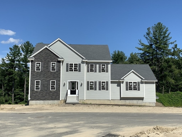 32 FIELDSTONE Lane Billerica MA 01821