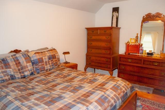 26 Velander Street Worcester MA 01605